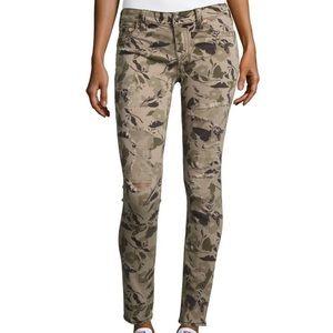 🌺 True  Religion Super Skinny Garden Camo Jeans